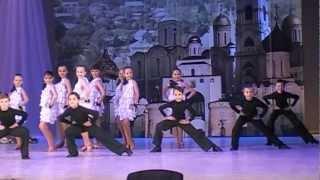 Бальные танцы в Коврове 2.mov