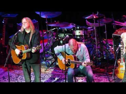 Susan Tedeschi & Derek Trucks & Warren Haynes - Back Where I Started 12/3/18