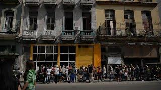 Cubans struggle to find bread after flour shortage