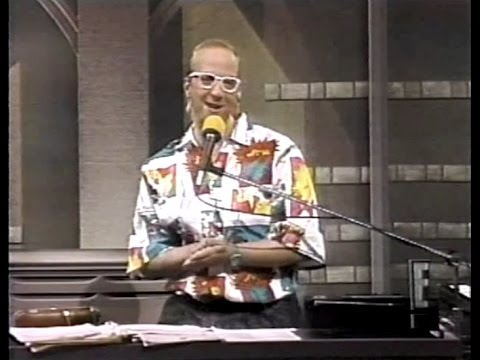 Chris Elliott as Paul Shaffer on Late Night, March 25, 1987
