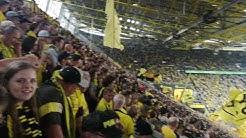 BVB - Augsburg Youll never walk alone und Aufstellung (R.I.P. Manni)