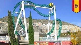 Nastolatek zmarł po wypadnięciu z kolejki górskiej w Hiszpanii.