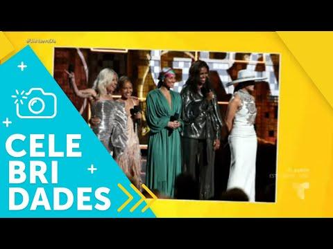 隆Mira a los mejores vestidos de los Premios Grammy! | Un Nuevo D铆a | Telemundo