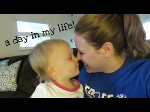 A DAY IN THE LIFE OF A MOM WITH A TODDLER!