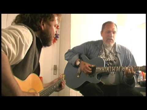 John Bell and Jorma Kaukonen play Genesis Warfield Theater Basement July 4 2000