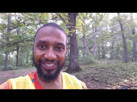 Running safety (tips for running in the dark)