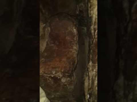 Uhut dagı  peygamber efendimizin oturmuş oldugu taş