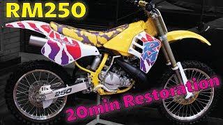 Suzuki RM250 Restored in 20 minutes!