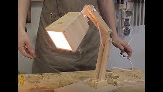 Уютная деревянная настольная лампа своими руками