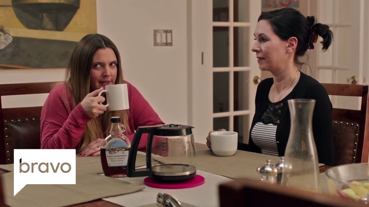Download Odd Mom Out: Do Jill's New Neighbor Friends Have Lice? (Season 2, Episode 6) | Bravo