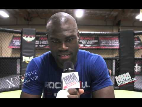 Uriah Hall fight feature for UFC Fight Night McGregor vs Siver against Ron Stallings