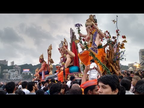 MUMBAI GANESH VISARJAN AT GIRGAON...
