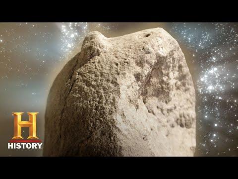 Ancient Aliens: The Defacing of a Stone Pillar (Season 12, Episode 16) | History