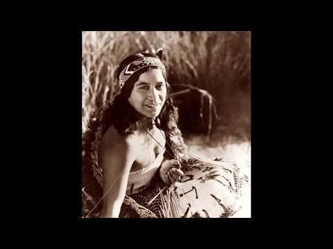 Ana Hato -  Waiata Poi
