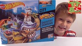 ✔ Хот Вілс. Розпакування нового набору іграшок з Ігорьком. Відео для хлопчиків / Hot Wheels ✔