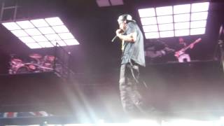 Jay Z - Izzo / Heart Of The City / Hard Knock Life (MCWT London O2 Arena)