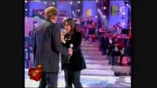 Johnny Hallyday & Chimene Baddie - Derrière l'amour