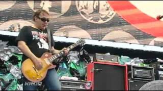 Bad Religion - Struck a Nerve , American Jesus, Live KROQ Weenie Roast 2011