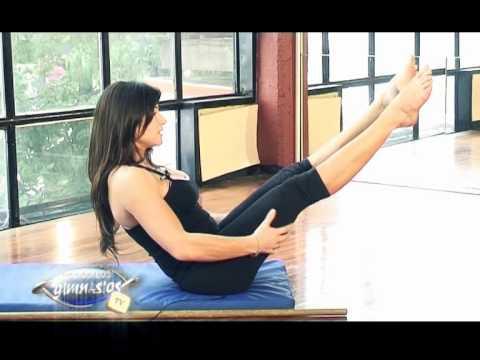Ejercicio para tonificar cola y piernas. Pilates Mat (Teaser - Navajas)