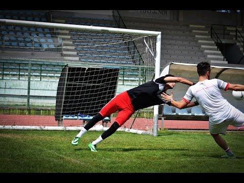 ALLENAMENTO PORTIERI - Doppia parata - Attacco palla #NatiperVolare