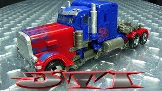 JUST TRANSFORM IT!: Studio Series 32 Optimus Prime