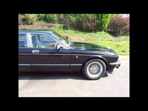 Black Jaguar XJ40 Sovereign 4.0 Sport