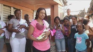 El caso de una madre que dio a luz a 6 bebés en la más extrema pobreza