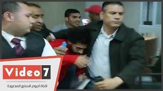 على غرار نجوم العالم.. طقم جاردات لمغادرة محمد صلاح ستاد برج العرب