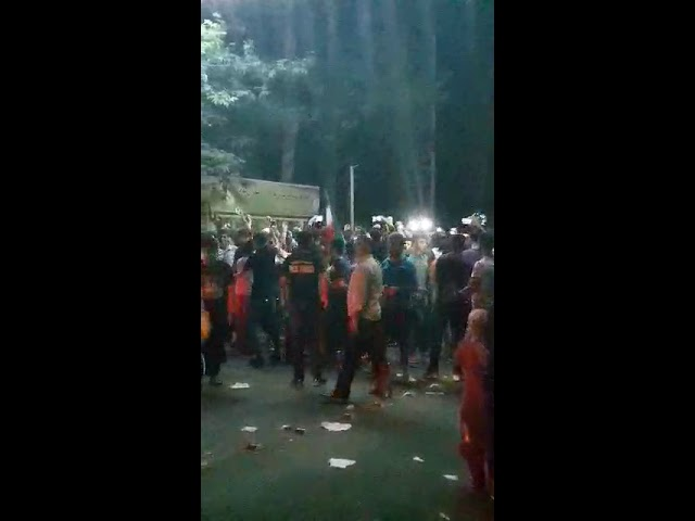 """TEHRAN, Iran, June 25, 2018. Protesters chanting: """"Palestine & Syria are only a cause of trouble."""""""