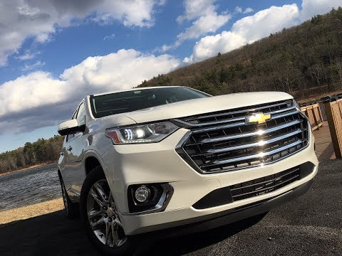 Chevrolet Traverse 2018 | Complete Review | with Steve Hammes | TestDriveNow