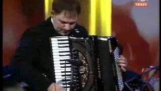Radovan Maric i Veliki Narodni Orkestar RTV - Hora Bucuresti - Sarba - solo harmonika