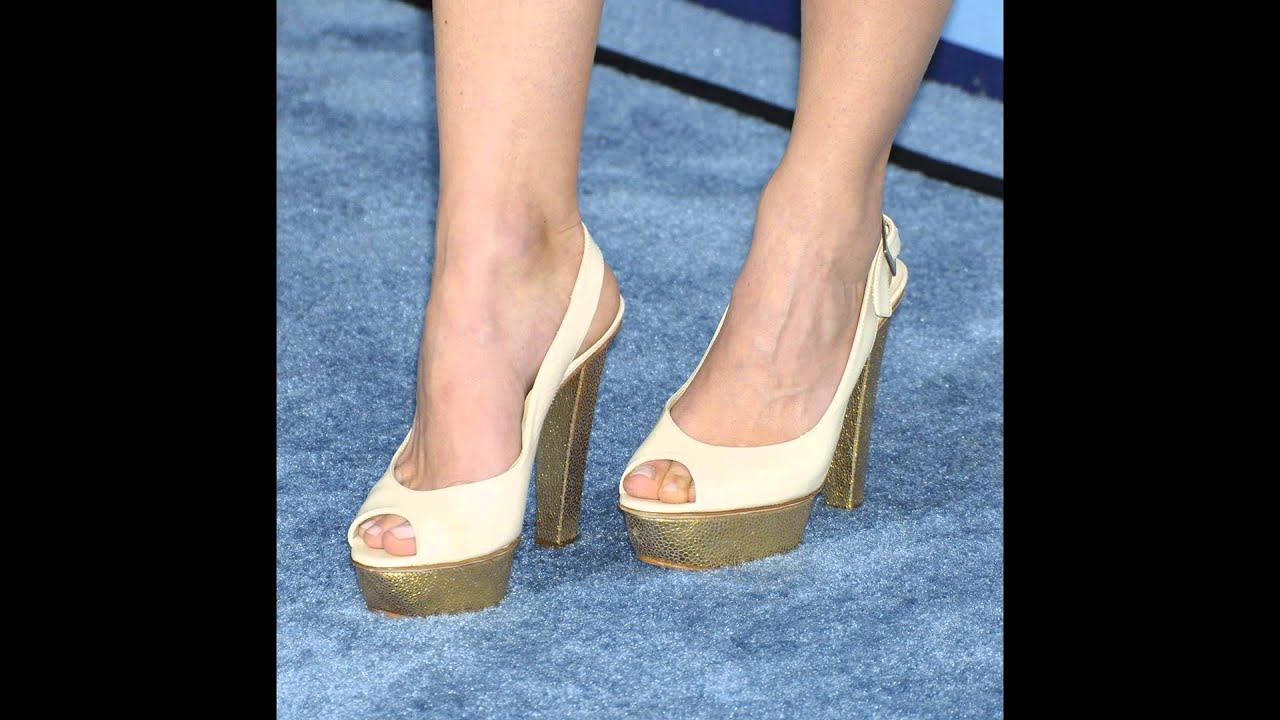 Keri Russells Invincible Birthday Feet Youtube