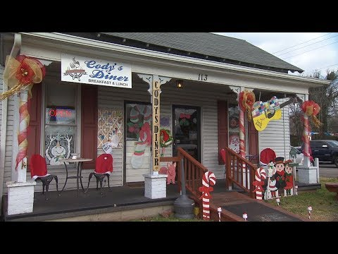 Cody's Diner | Tennessee Crossroads | Episode 3131.2
