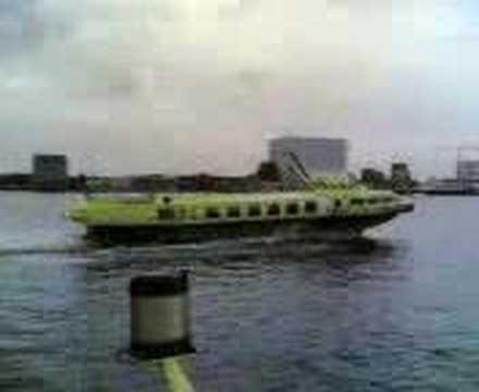 Voshkod2-m-FFF on the Northsea canal.