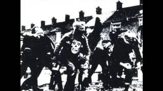 Titre: Last Caress Artiste: Nofx Album: Violent World Tribute To Th...