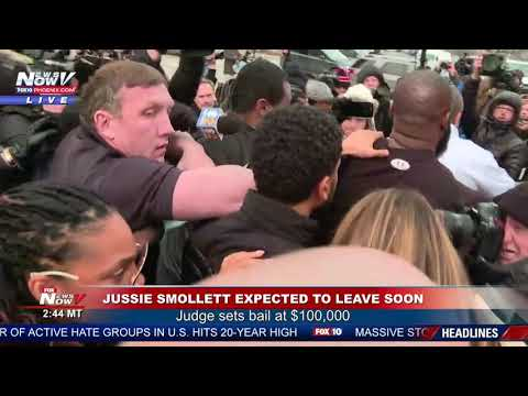 JUSSIE SMOLLETT LEAVES COURT: Massive Security Walk Out With Actor