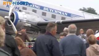 Historische vliegtuigen landen in Eelde