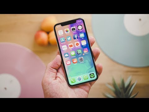 iPhone X Review | Still Worth it in 2018?