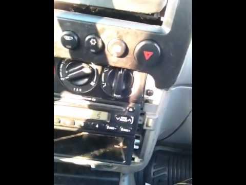 Kia sportage 2000 Radio doesn\u0027t work - YouTube