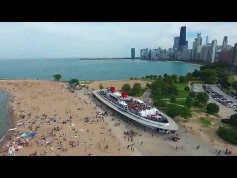 (4K) North Ave. Beach, Chicago