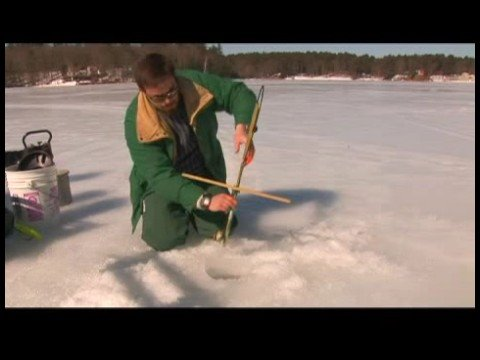 Ice Fishing Basics : Setting Up Traditional Ice Fishing Tip Up