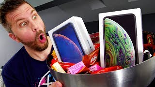 I Gave Out $1000 iPhone XS for Halloween! Reactions Were Priceless!