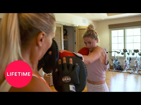 Chloe Does It: Spa Day (Episode 4) | Lifetime