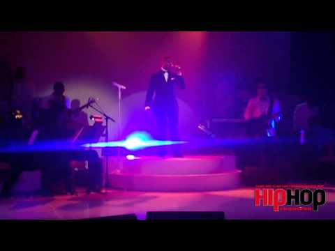 "Exclusive: Kenny ""Babyface"" Edmonds Give Surprise Performance (Hiphopenquirer.tv)"
