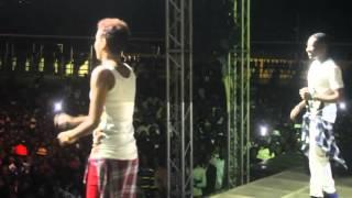 B12 na Dj Fetty kwenye stage ya Serengeti Fiesta 2014 Bukoba