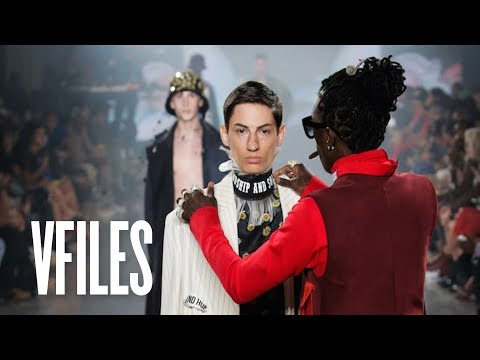 Young Thug Fixes Model's Look On The Runway (Full VFILES Runway Show) - VFILES Runway