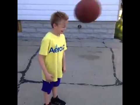 Kid on Crack gets hit on head with ball Vine - YouTube