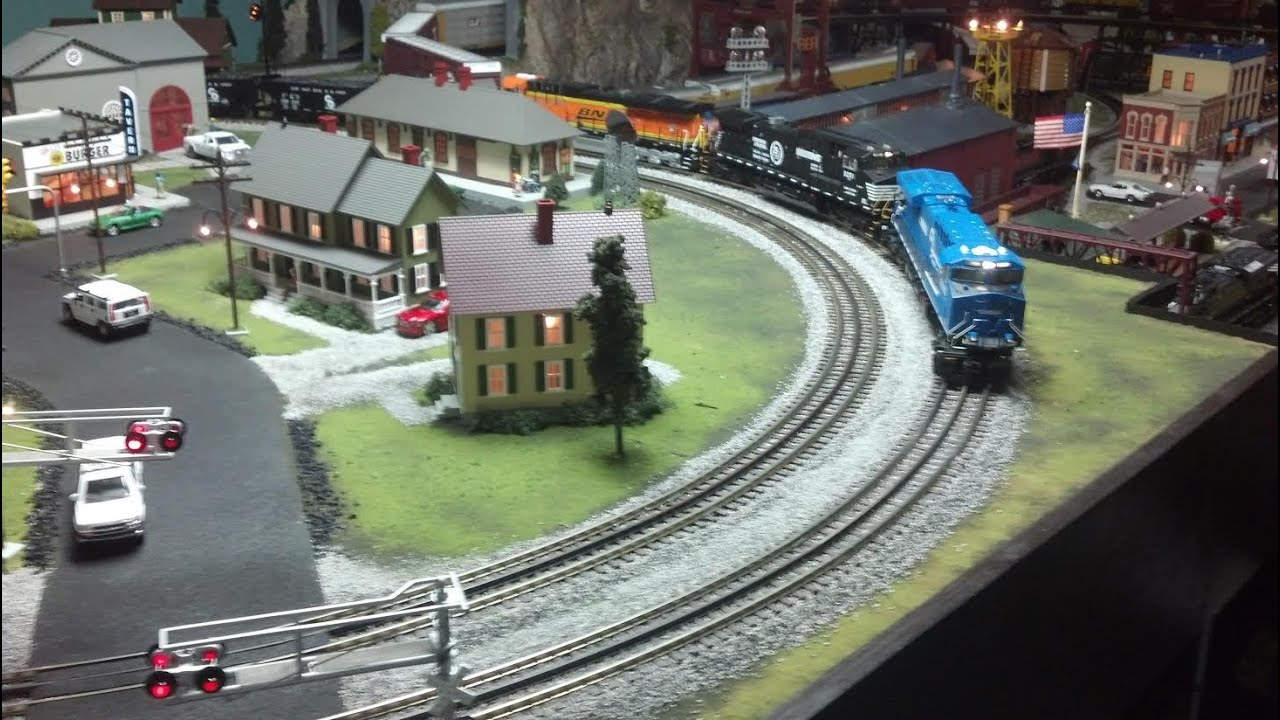 MTH DCS O Scale Train Layout Update (February 2014) - YouTube