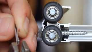 видео Как отрегулировать двери шкафа купе самому