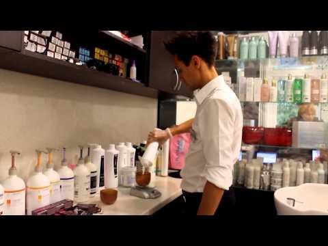 Видео Восстановление натурального цвета волос в салоне